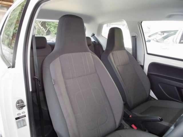 検査専門会社によって発行された『車両品質評価書』がございます。車両コンディションを詳細に渡って知ることができますので安心です。