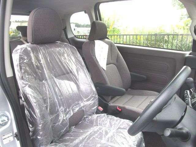 ロングドライブでも疲れ難いドライバーズシート!