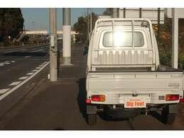 全国各地へ納車可能!! 専門陸送業者がご自宅までお運びいたします。期間中、台数限定にてご対応いたしております。(一部地域除く)お電話の対応も可能ですのでお問い合わせください。