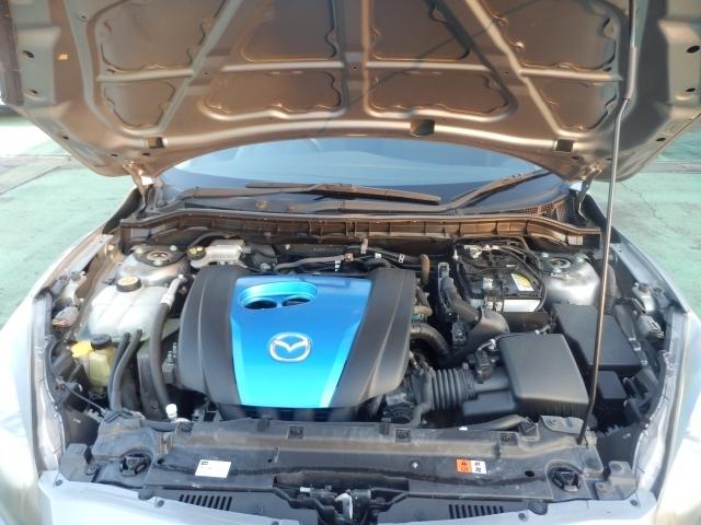 スカイアクティブガソリンエンジン。低燃費で実用的です。