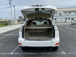 人気車を出来る限りお求めやすい価格にて取り揃えております。