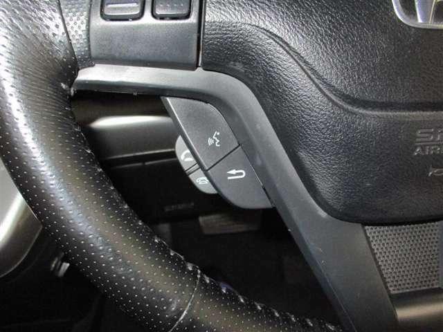☆ハンドル周り、運転しやすいようにスイッチ類が配置されています☆