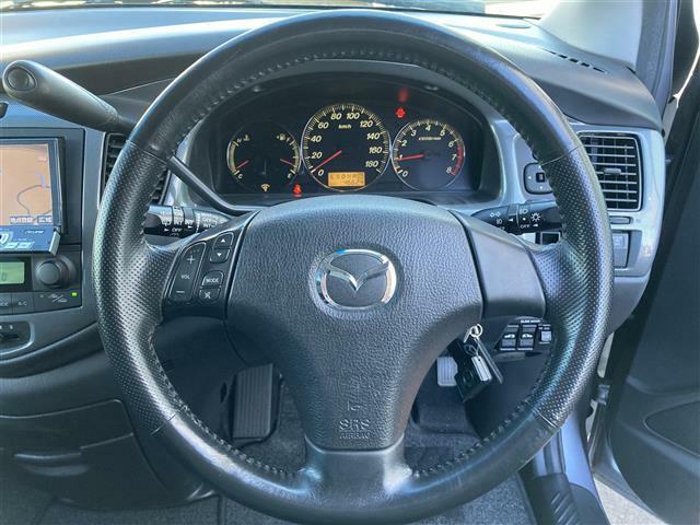 気になる車はすぐにお問い合わせください!右のカーセンサー専用無料ダイヤルから、専門スタッフがお車のご質問にお答えいたします!
