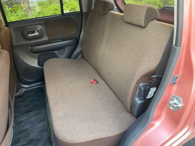 オートクリスタルは全車安いです。しかし誤解しないでくださいね。修復(歴無)車は当たり前 外観は綺麗 車内も綺麗です。全スタッフ総力を挙げて取り組んでおります。まずは通話料無料ダイアル 0066-9711-688602