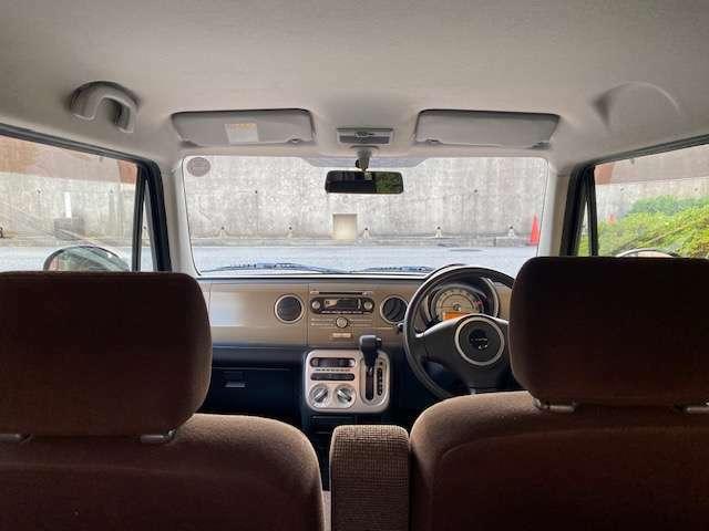 展示場に総在庫車100台以上あります。安い軽自動車が100台以上あるのは見ごたえありですよ(^^)全車室内徹底清掃綺麗ですよ。除菌・消臭・全車保証付。まずは通話料無料ダイアル 0066-9711-688602