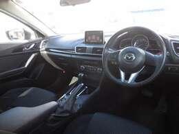 高級感と機能美を併せ持った合理的な車内空間!