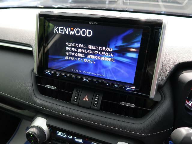 9型SDナビ☆大きな画面でTVやDVDもお楽しみいただくことが可能です☆