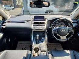 H27年式 レクサスNX200t VerL入庫致しました。お問合せは052-625-4092まで!純正ナビTV サンルーフ ワンオーナー シートヒータークーラー クルーズコントロール パワーシート・メモリー 3眼LEDヘッドラ