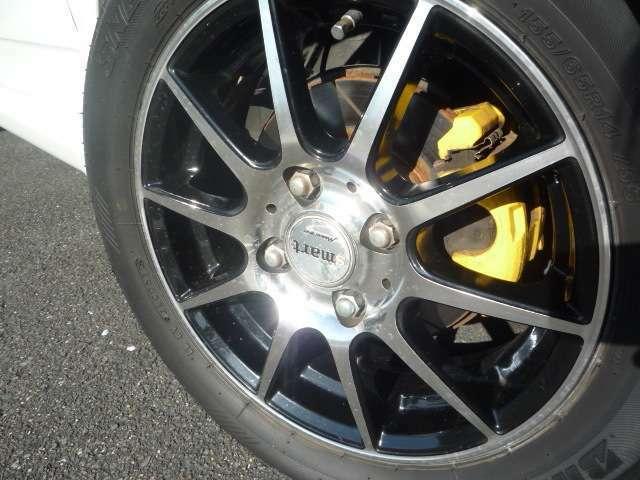 スリットブレーキローター付きでブレーキも良く効きます!社外アルミは14インチ新品タイヤに交換してご納車致します♪