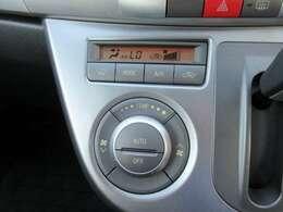 AUTOエアコンも装備しておりますので、設定温度にて快適にお乗り頂けます!
