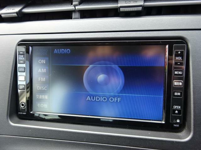 ■装備2■ミュージックサーバー DVD再生機能 CDプレイヤー AM/FMラジオチューナー AUX入力