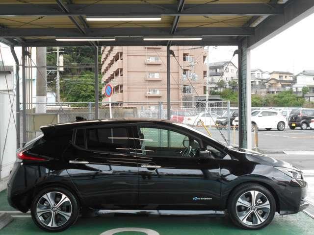 駆動用バッテリー容量を40kwhへと大幅に拡大。航続可能距離の拡大は充電頻度の減少にも繋がります。※カタログ値400Km