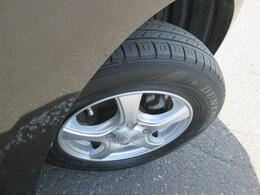 タイヤの溝もまだあります!