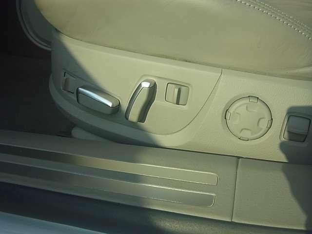 電動エアシートで快適ドライブ!