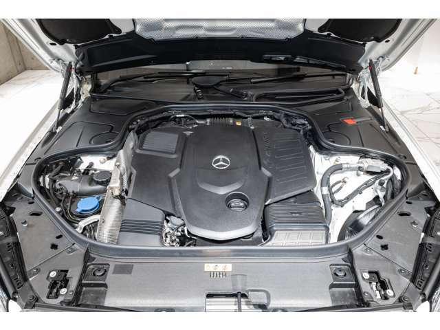 ●メルセデスベンツやポルシェなどの高級車を中心に、新車や中古車など、お客様のさまざまなニーズに、豊富な知識と経験を持ったスタッフがお応えします。