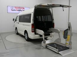 トヨタ ハイエースバン 2.0 ウェルキャブ Bタイプ ロング 福祉車両 最大積載量1250kg Bカメラ 10人乗