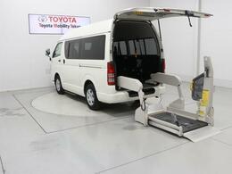 トヨタ ハイエースバン 2.0 ウェルキャブ Bタイプ ロング 福祉車両 10人乗り バックモニター