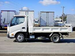 車両総重量4935kg 最大積載量2000kg