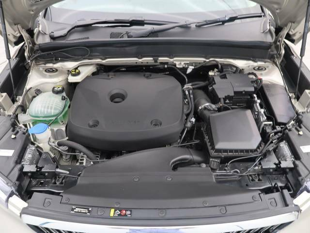 ◆T4エンジン(2.0L直列4気筒直噴ターボエンジン)『燃費と走行性能に優れたエンジン♪低い回転からピークトルクになるT4エンジンはストップ&ゴーの多い日本にマッチした特性を持っています