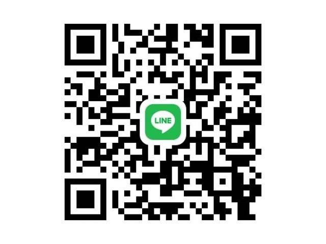 当店のQRコードを読み取って頂き、友達登録するだけでOKです。