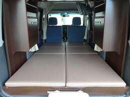 4人乗車2名就寝ですので、日常の通勤やお買い物にも使用できます。