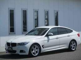 徳島BMW新車ショールーム・サービス工場併設。新車・中古車購入、修理対応も全てお任せ下さい。