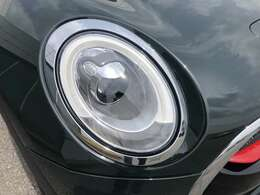 LEDヘッドライト&フォグ装備。