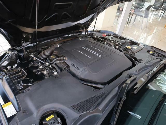 V6スーパーチャージドエンジンの洗練された構造。直噴システム、そしてツイン可変カムシャフトタイミングなどの新しいインダクション技術の導入により力強さを増したパワーやパフォーマンスをご体感いただけます!
