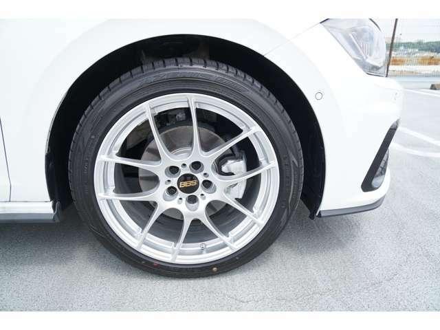 前輪215/45R17新品タイヤに新品BBSアルミです