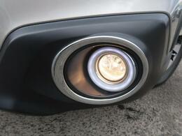 LEDアクセサリーリングが装備されています♪フォグライトの周りを彩ってくれてきれいでかっこいいですね♪
