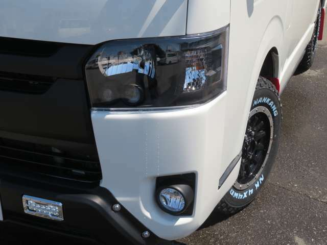 4型バレンティーブラックインナーLEDヘッドライトは高品質でハイクオリティーです。ワンステップではハイブランドクオリティー品質でパーツをチョイス!