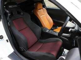 運転席にはRECROシートを装備☆コンディションも良好です!