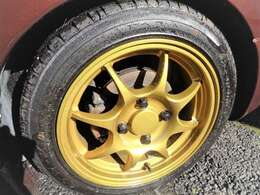 社外アルミも綺麗!タイヤも充分にあります^^