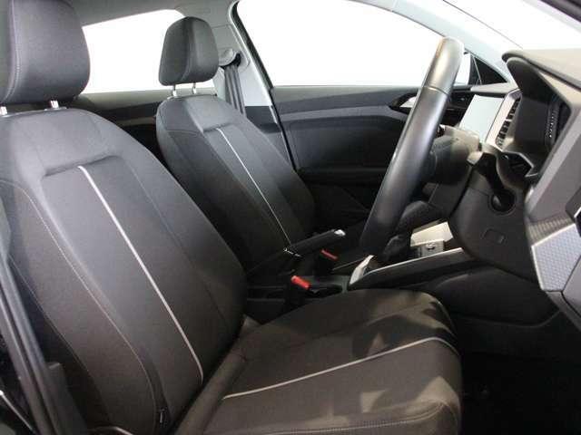 メンテナンスや商談などでお車をすぐにご用意できない場合もございますので事前にお問い合わせ頂けるとスムーズにご案内をさせて頂きます。