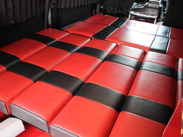ベッド寸法は、縦205×横150センチです♪