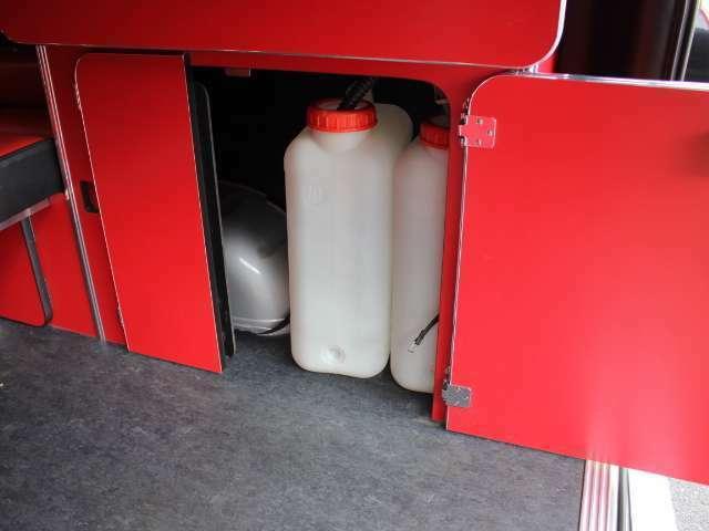 給排水タンク容量は各19リッターとなります♪