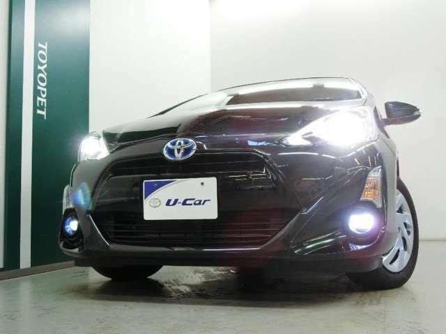 LEDヘッドライトが夜道を照らします。