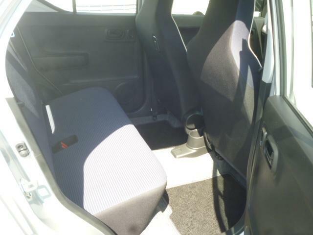 シートヒータ装備!冬場の冷たい座席を暖めます!