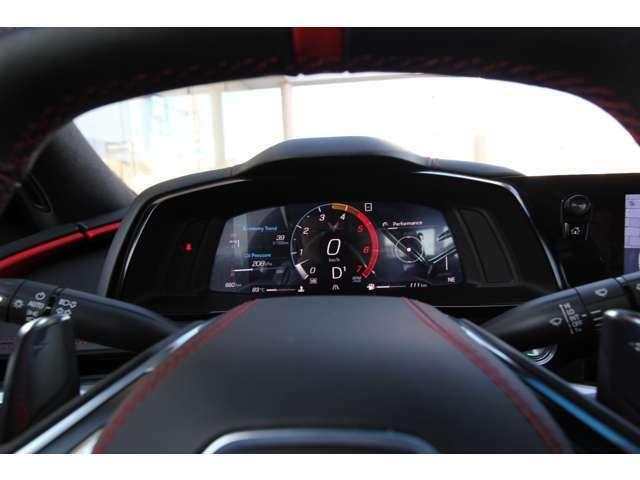 走行モードの切り替え付きなので、マフラー音量やエンジンのパワー特性・ステアリング・ブレーキ等お好みの組み合わせの運転も可能!