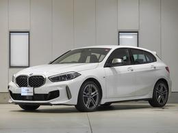 BMW 1シリーズ M135i xドライブ 4WD アダプティブMサス リバースアシスト