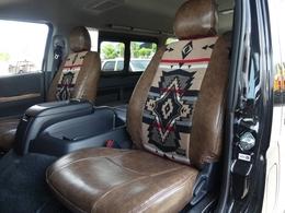フロントシートカバーはペンドルトンコラボシートカバーを展示車特典♪