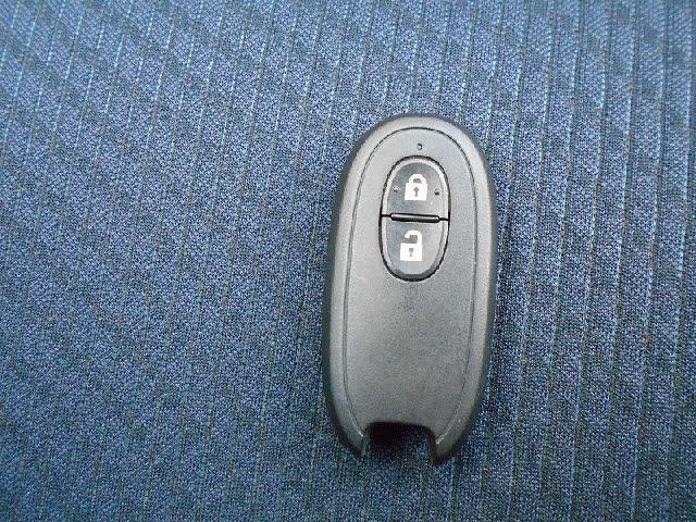 スマートキー付きでわずらわしいキー操作もいりません!乗り降り楽々とっても便利です♪
