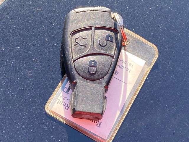平成14年式 メルセデスベンツ CLK320 入庫しました。 株式会社カーコレは【Total Car Life Support】をご提供してまいります。http://www.carkore.jp/