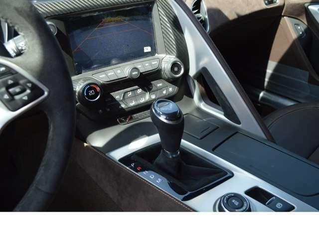 シボレーMyLinkタッチスクリーンディスプレイ Boseプレミアムオーディオシステム(10スピーカー) 8速AT (パドルシフト/リモートスタート機能)