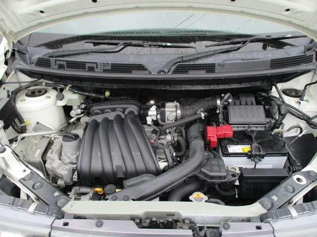 車の大事な部分ですね★エンジンルームが綺麗ですと、不具合等の発見もし易く、コンディションのチェックや維持の面でとってもプラスです。