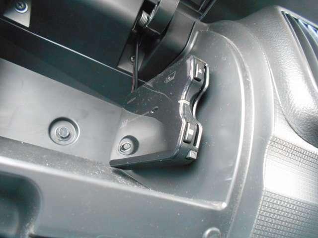 ETC車載器付き。高速料金所の煩わしさを解消!