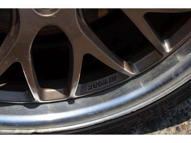 タイヤチェンジャー完備 タイヤサイズ22インチ ランフラットタイヤ対応になります。タイヤ組み換え、バランス調整持ち込みのお客様も大歓迎!無料ダイヤル(0078-6002-993233)まで!