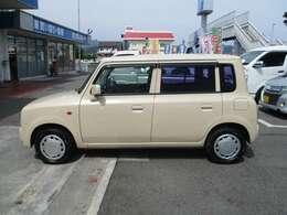県内であれば支払総額+自動車税(月割り)で乗出せます。関東とその近郊であれば県外登録費用はプラス1万円でOK♪ 全国どこでも登録・納車出来ます!お気軽にお問い合わせください♪