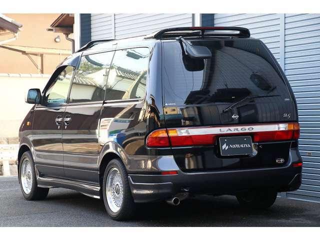 平成10年式の後期モデル、上級グレードの「SX-G リミテッドパック」です。希少なオプションたっぷりの1台になります。当時物の字光式ナンバーになります。