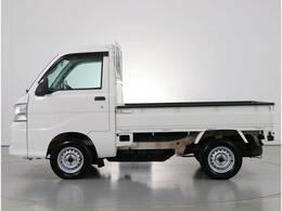 数少ない 4WD 5MT のトラック!!